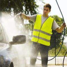 Reinigung inkl. Fahrzeugpflege mit berufsbezogenem Deutsch